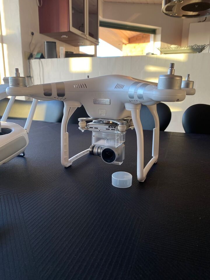 DJI Phantom 3 Advanced, DJI