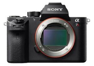 Sony Alpha 7R II 42,4 Mpix Appareil Photo Numérique - Noir (Boîtier Nu)
