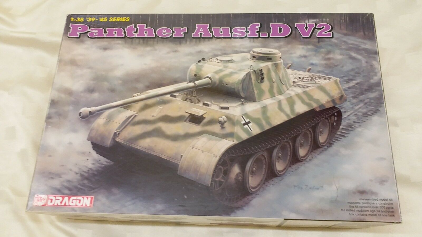 DRAGON 1 35 PANTHER Ausf.D V2 Medium Tank Model Kit BNIB