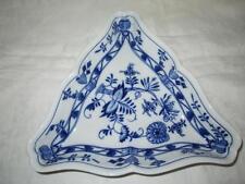 """Ernest Teichert Meissen """"Blue Onion"""" Scalloped Edge Serving Dish Triangle"""