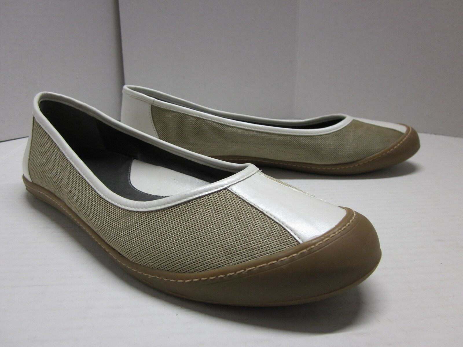 EDDIE BAUER Skimmer Flats Ballet Slip-On shoes Pearl Ivory Leather Khaki W's 10