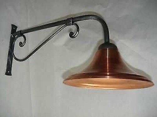 Lámpara de Parojo Exterior en Hierro Forjado Longitud 40 con Parábola de Cobre