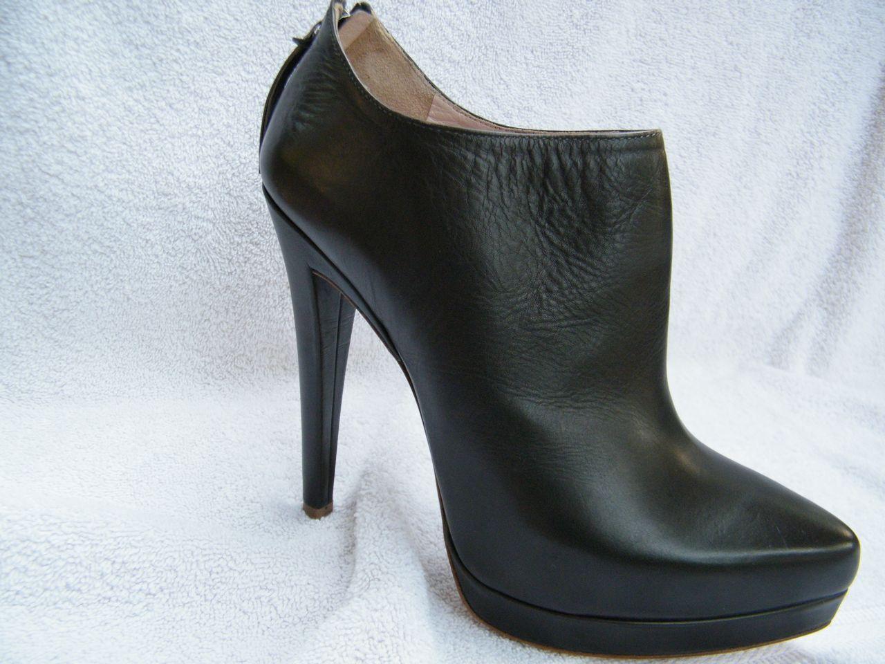 Miu Miu zapatos sandals heels botas 37 7 dark gris