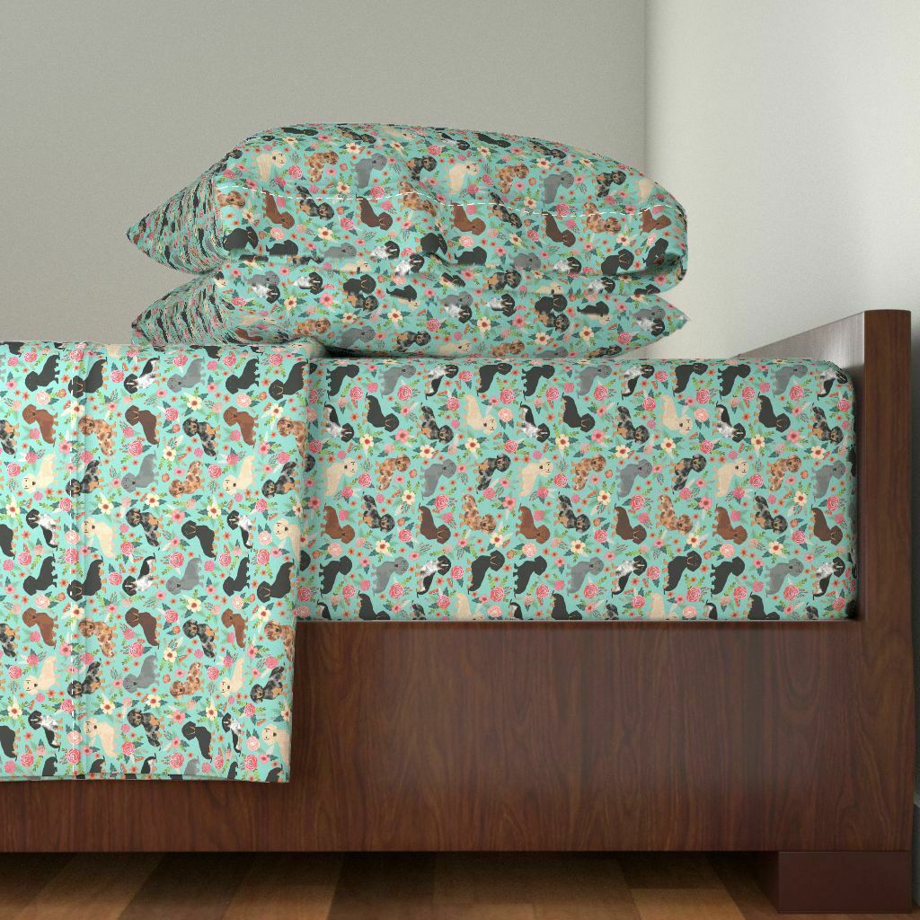 Floral Dog Doxie Dachshunds Florals 100% Cotton Sateen Sheet Set by Roostery