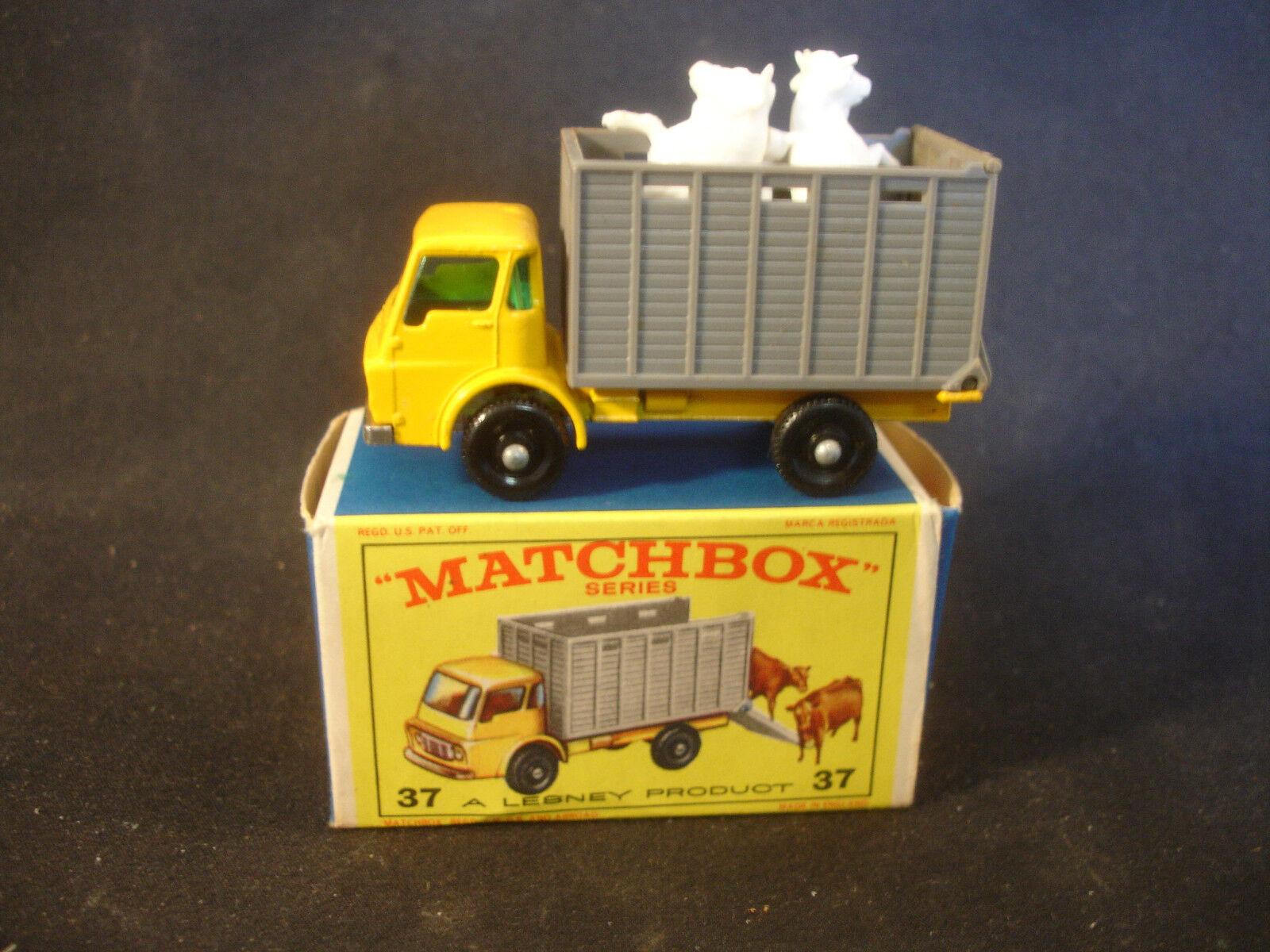 Matchbox 37 Rinder Truck mit Tieren Diecast Spielzeug mit Original Box