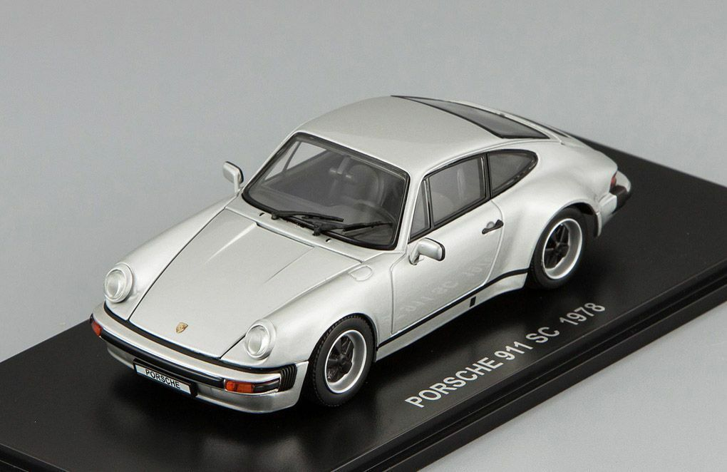 Porsche 911 SC 1978 KYOSHO 1:43 05523S
