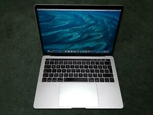 Apple-MacBook-Pro-2017-13-inch-TouchBar-Core-i7-3-5-GHz-16-GB-512-GB-SSD-Silver