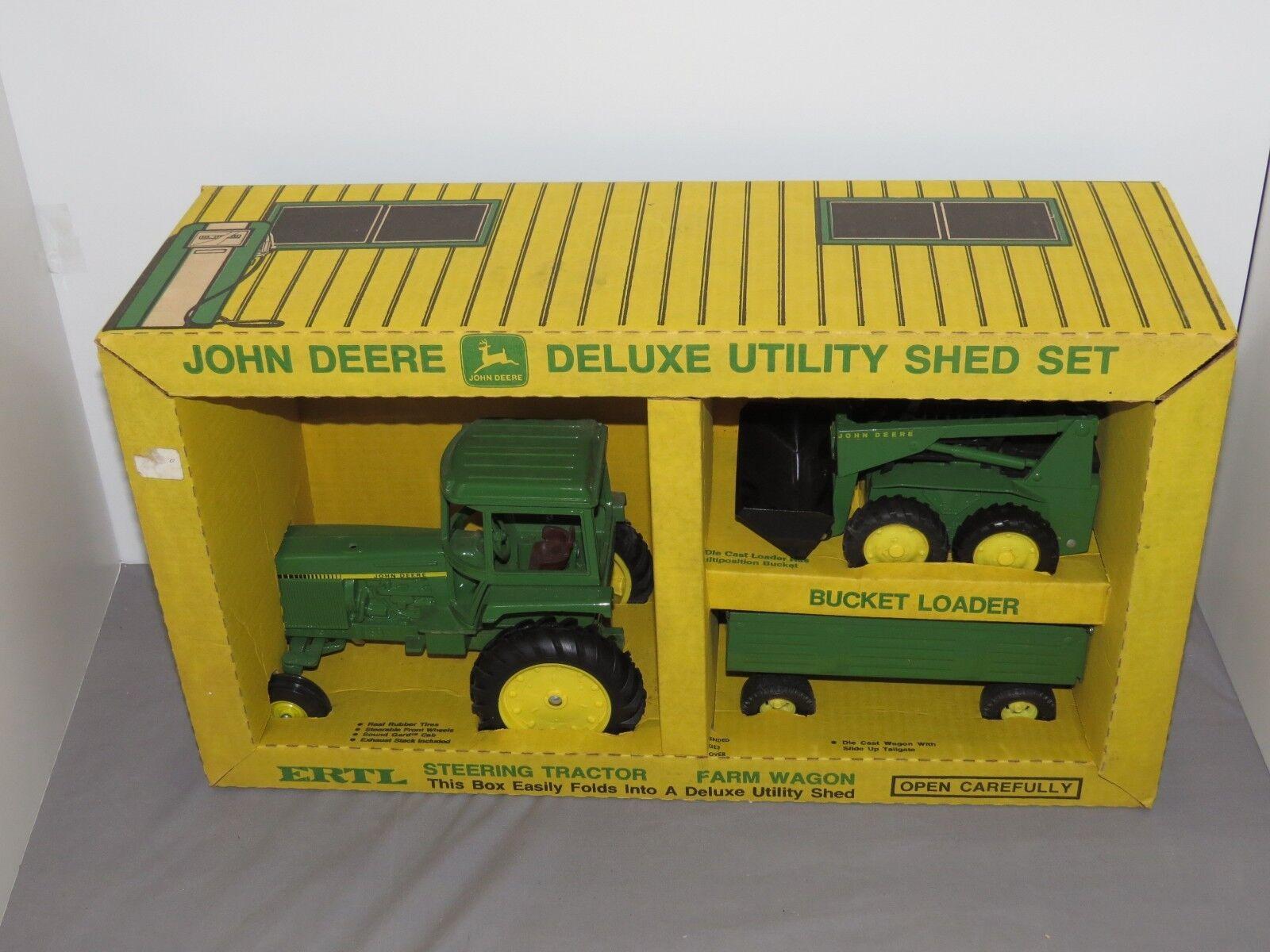 Vintage John Deere Deluxe Farm Shed Set 4450 Tractor Skid Steer Wagon Ertl 1 16