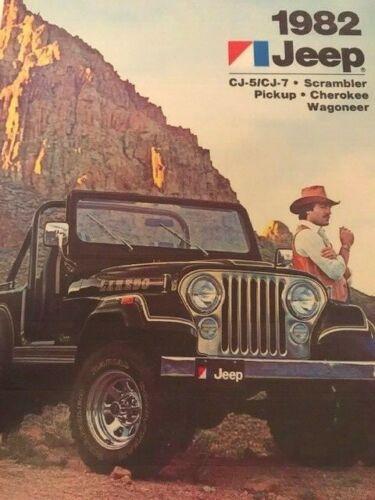 1982 JEEP CJ-5 CJ-7 Scrambler Pickup CHEROKEE WAGONEER BROCHURE COMPLETA DELLA LINEA copia