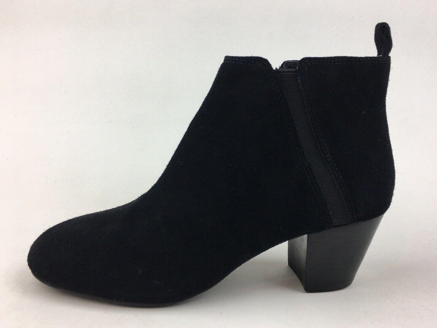 Tesori Chelsea Block Heel Ankle Boots Women's Size 6 M, Black Suede 3233