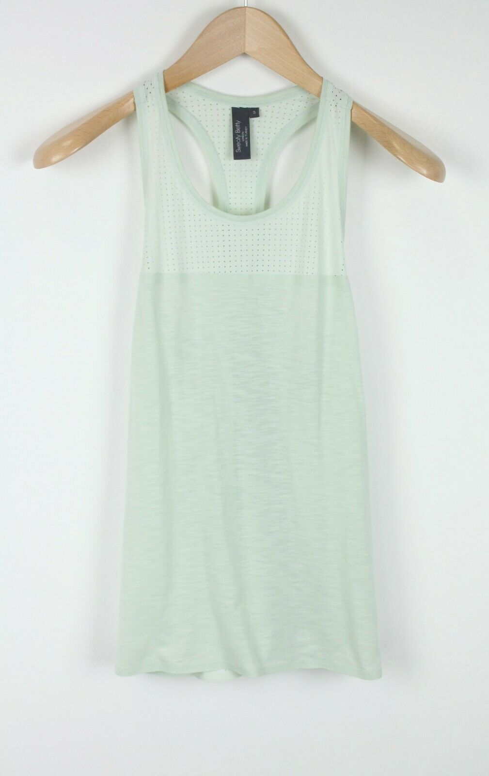 SWEATY BETTY Women SMALL Perforated Racer Back Sleeveless Workout Top 18613*