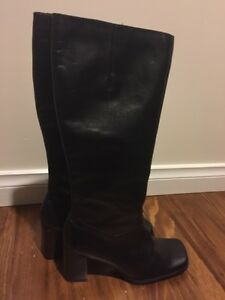 Lipstick-Leather-Boots-NWOT-size-8
