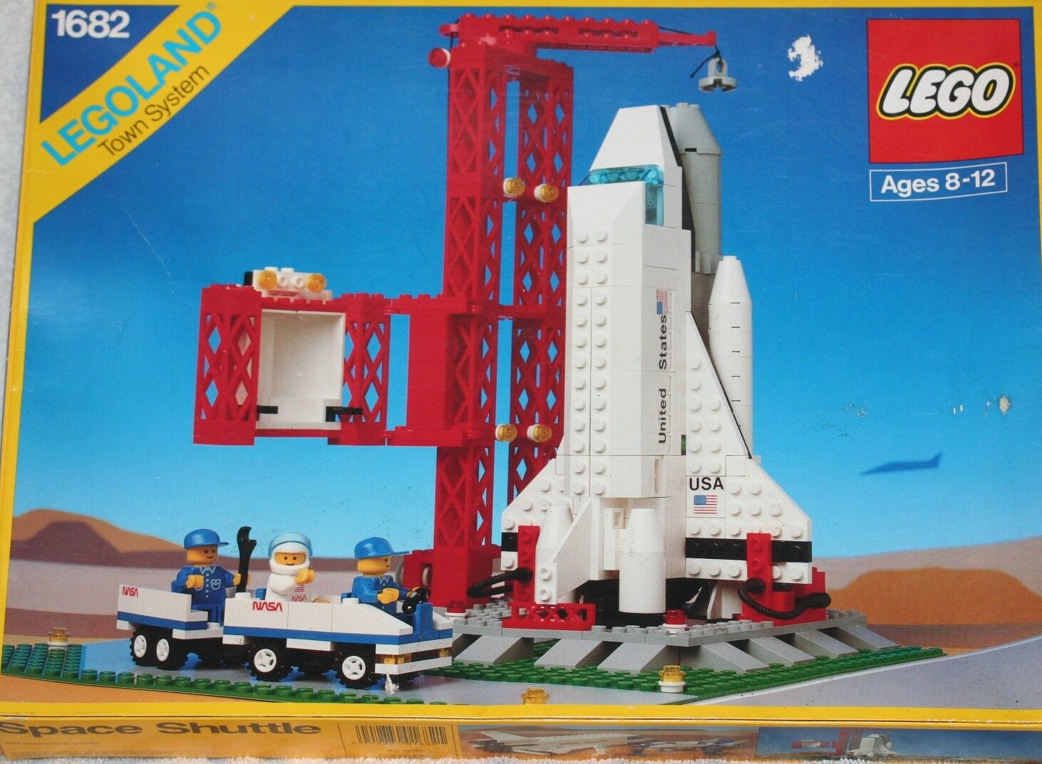 LEGO LEGOLAND TOWN SYSTEM,SPACE SHUTTLE WITH WITH WITH GANTRY,USED c1969e