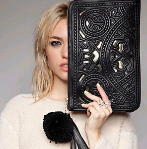New-Women-039-s-clutch-bag-hollow-out-carved-patterns-handbag-envelope-shoulder-bag