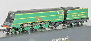 Graham Farish 372-313 ,N gauge,Merchant Navy Class loco, 35021 'New Zealand LIne