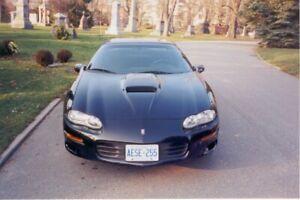 2000 Chevrolet Camaro SS Coupe (2 door)