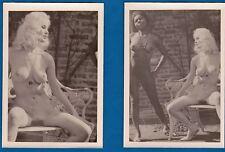 2 vintage photo black & white nude girls Akt risque topless nu foto ca 1965