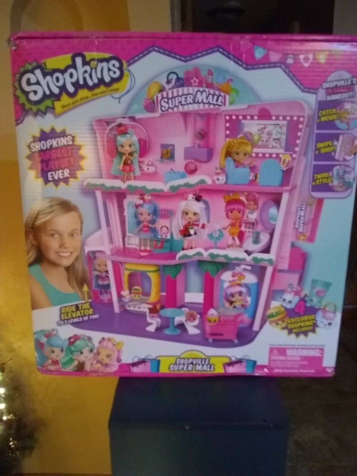 SHOPKINS SHOPPIES SHOPVILLE SUPER MALL LARGEST PLAYSET DOLL HOUSE NEW