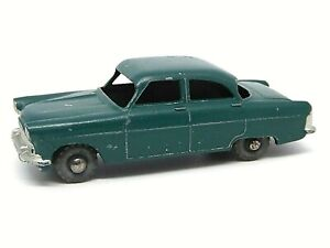 Matchbox-Lesney-No-33a-Ford-Zodiac-Mk-II-raro-plano-oscuro-verde