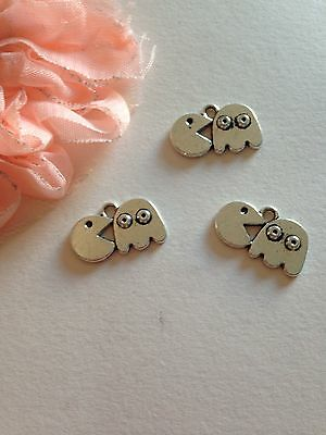 5 PACMAN Ghost Charms Vintage Silver Retro Video Game Pendants Pac Man Kitsch UK