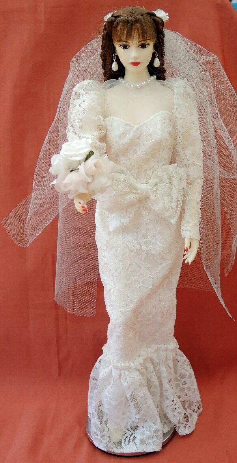 Poupée LADY LUMINOUS de TAKARA en mariée 4