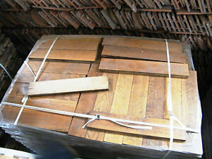 Parkett-Eiche-gebraucht-Massivholz-Stabparkett