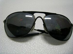 Oakley-Crosshair-Ti-Titanium-006014-02-Pewter-frame-Lens-scratched-61-15