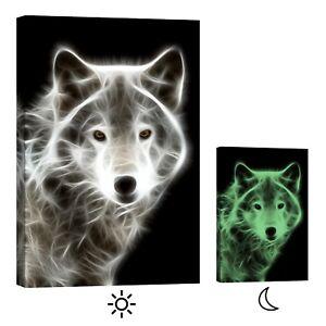 PICMA-Wandbild-XXL-Leinwandbild-nachleuchtend-schwarz-weisser-Wolf
