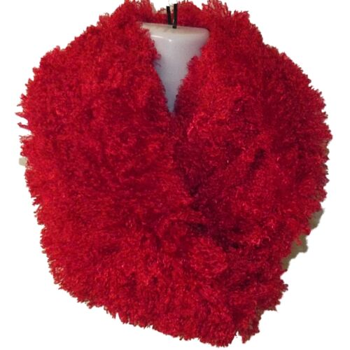 NEW LADIES RED EX STORE SOFT INFINITY DOUBLE LOOP FLUFFY EYELASH SCARF CHRISTMAS