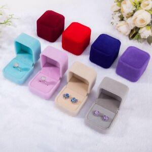 Square-Black-Velvet-Ring-Box-Jewelry-Boxes-Display-Holder-Case-Gift-Brand-Chic