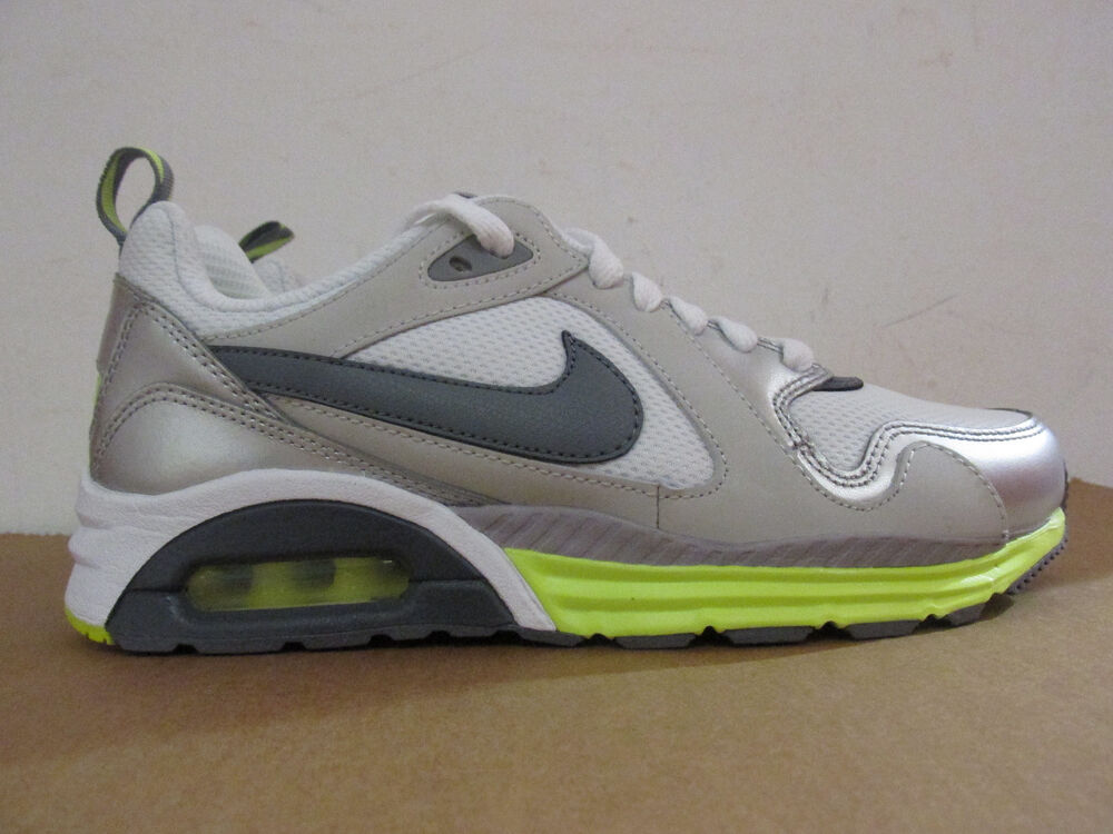 official photos 611d4 0994d Pour Chaussures Femme Air Trax 631763 Baskets 100 Max Nike n16xqXq
