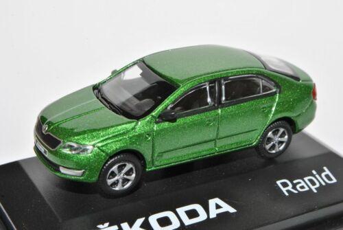 Skoda Rapid Limousine Rallye Grün Ab 2012 NH ABR171ABD022QA 1//72 Abrex Modell Au