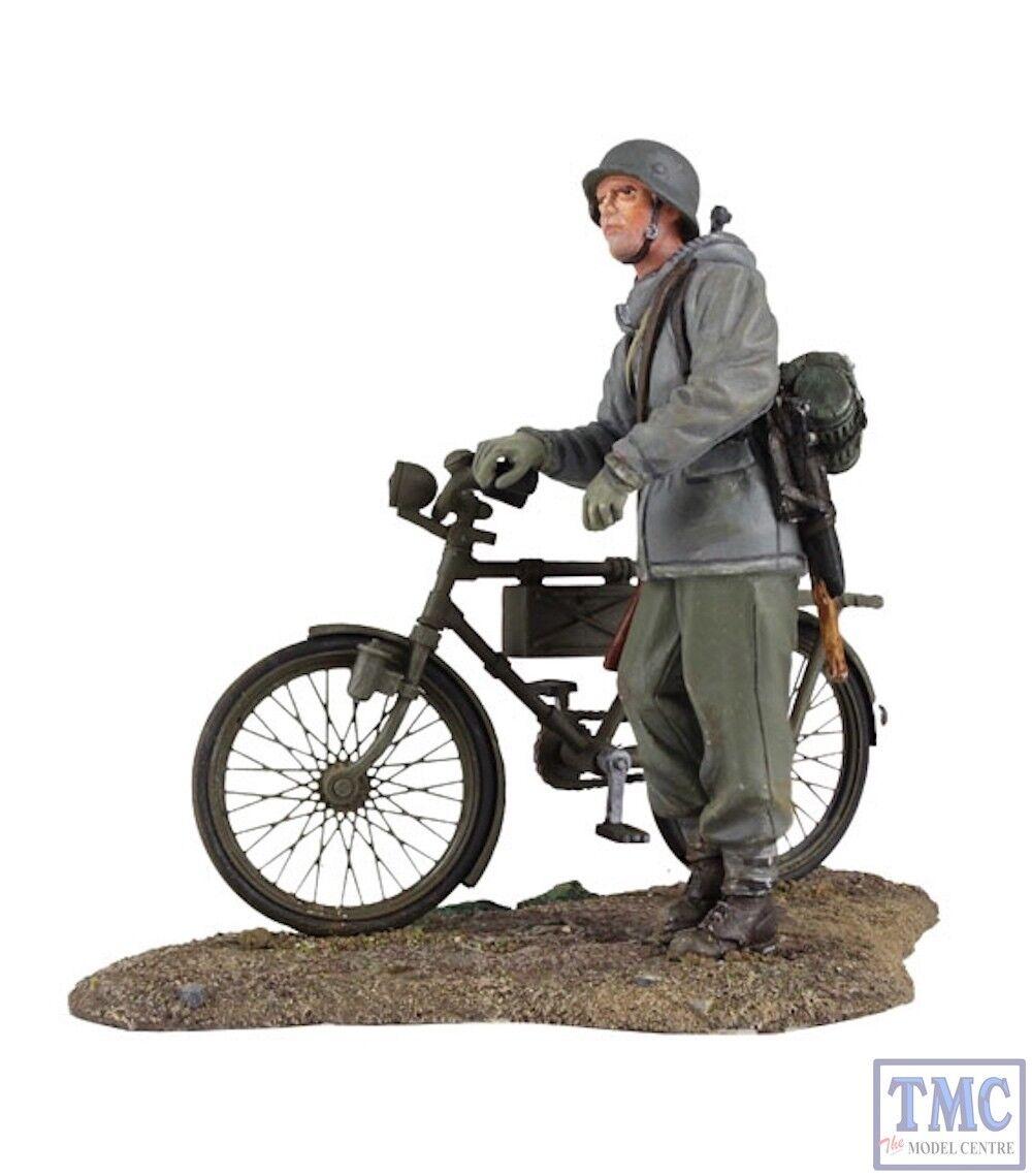 B25037 Geruomo Volkgrenadier pushing bicicletta _1 World War II