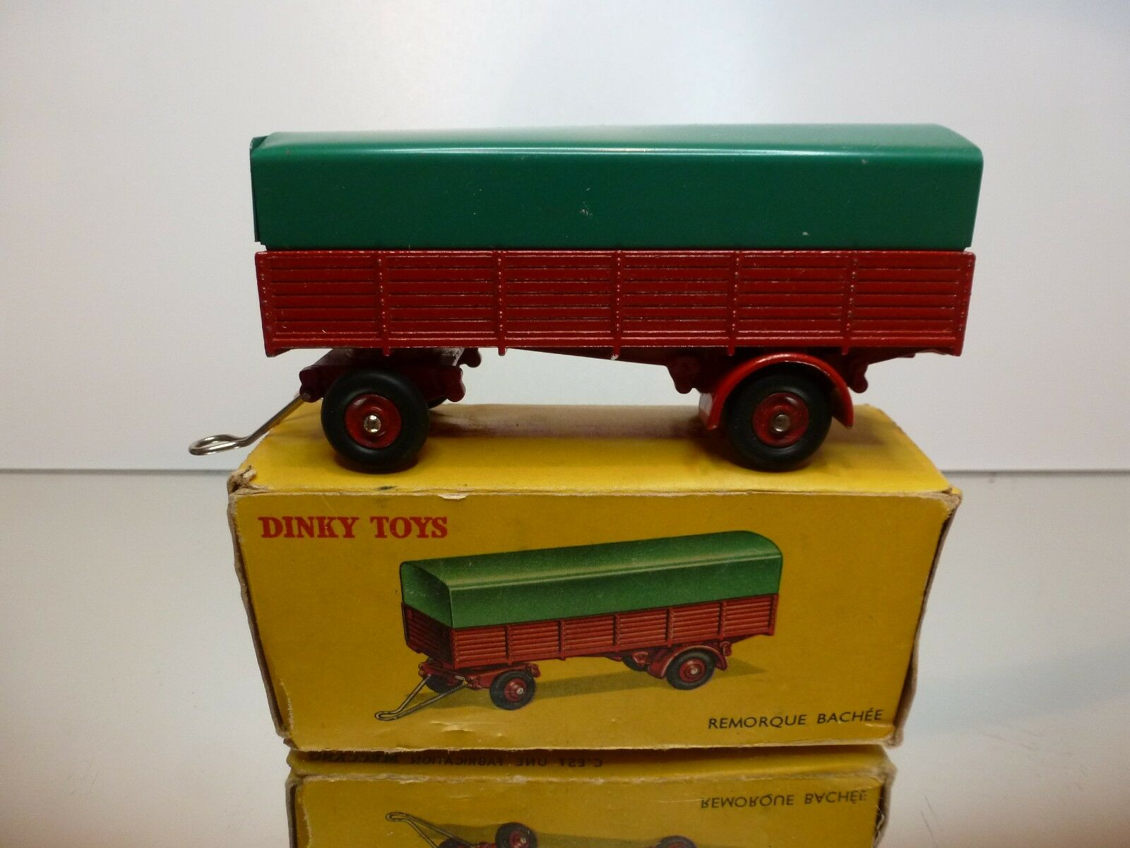 DINKY TOYS 70   REMORQUE BACHEE - GOOD CONDITION - IN BOX