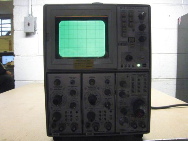 Tektronix 7613 Oscilloscope w/ Tek 7A18/ Tek 7A18/ Tek 7B53A FREE SHIPPING
