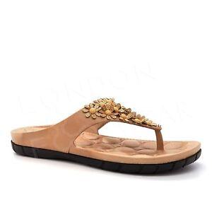 c0b4cdb7caf3 New Ladies Summer Sandals Flip Flops Womens Beach Flowers Toe Post ...