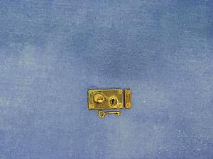 Échelle 1:12 en laiton Rim Lock /& Key Set tumdee maison de poupées Poignée Accessoire À faire soi-même 348