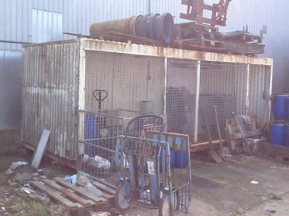 Container, Miljø container - langside med gitre