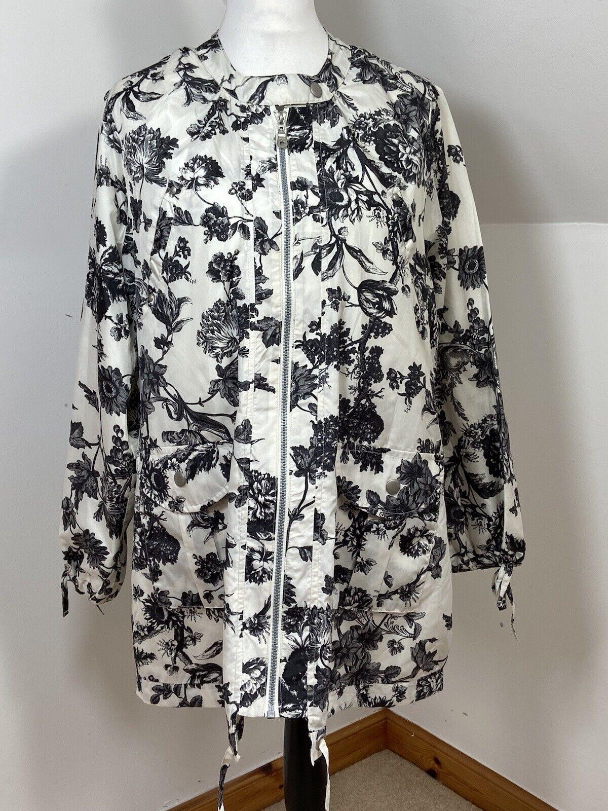 Marisota White Ivory Light Weight Jacket Short Black Floral Zip Pockets