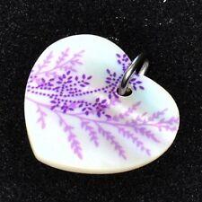Pendentif coeur en nacre feuilles violettes bélière acier bijou pendant