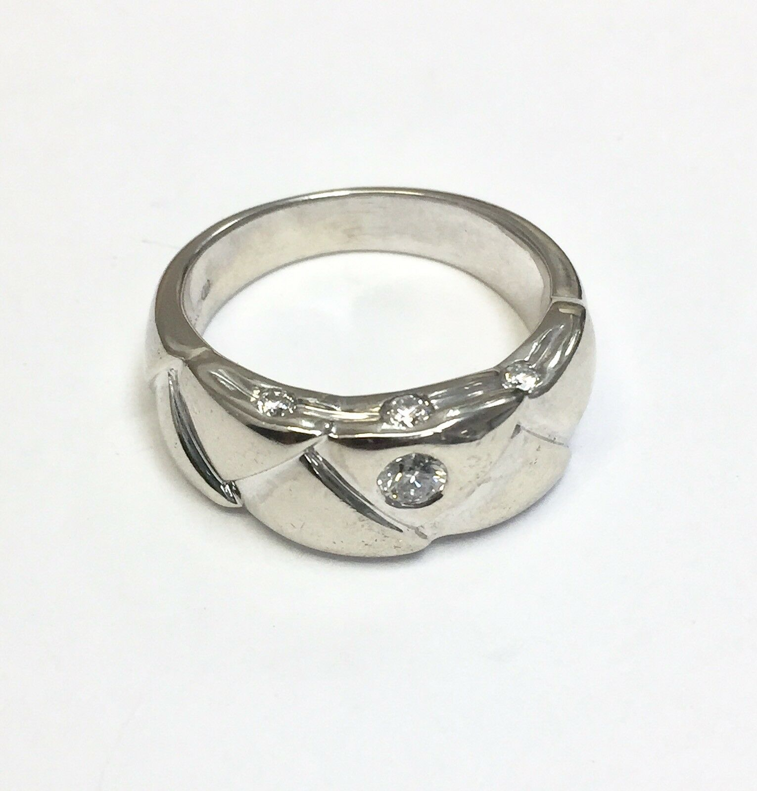 14k Solid Whita gold 1 2 TCW.. Diamond Men's Ring Size 9.75 (10.2 grams )