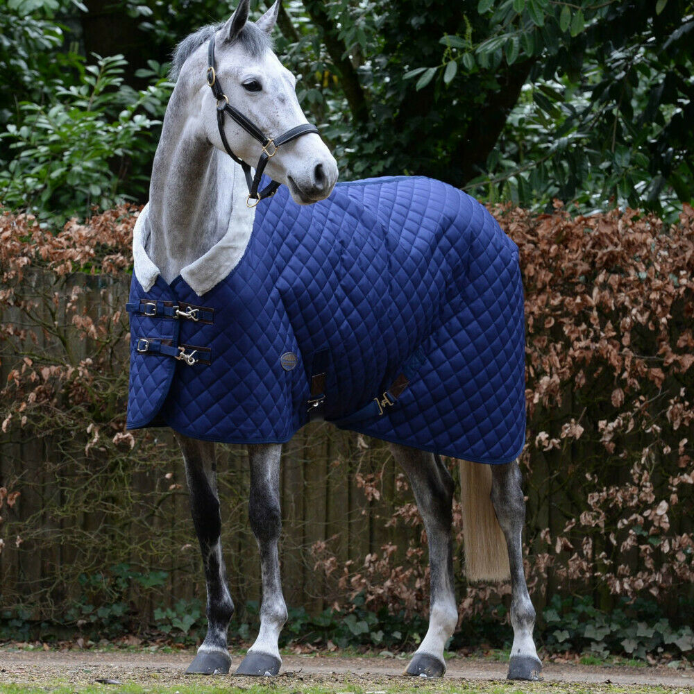 Weatherbeeta comfitec Deluxe Diamond Quilt steard Neck MEDIUM 250gNavy