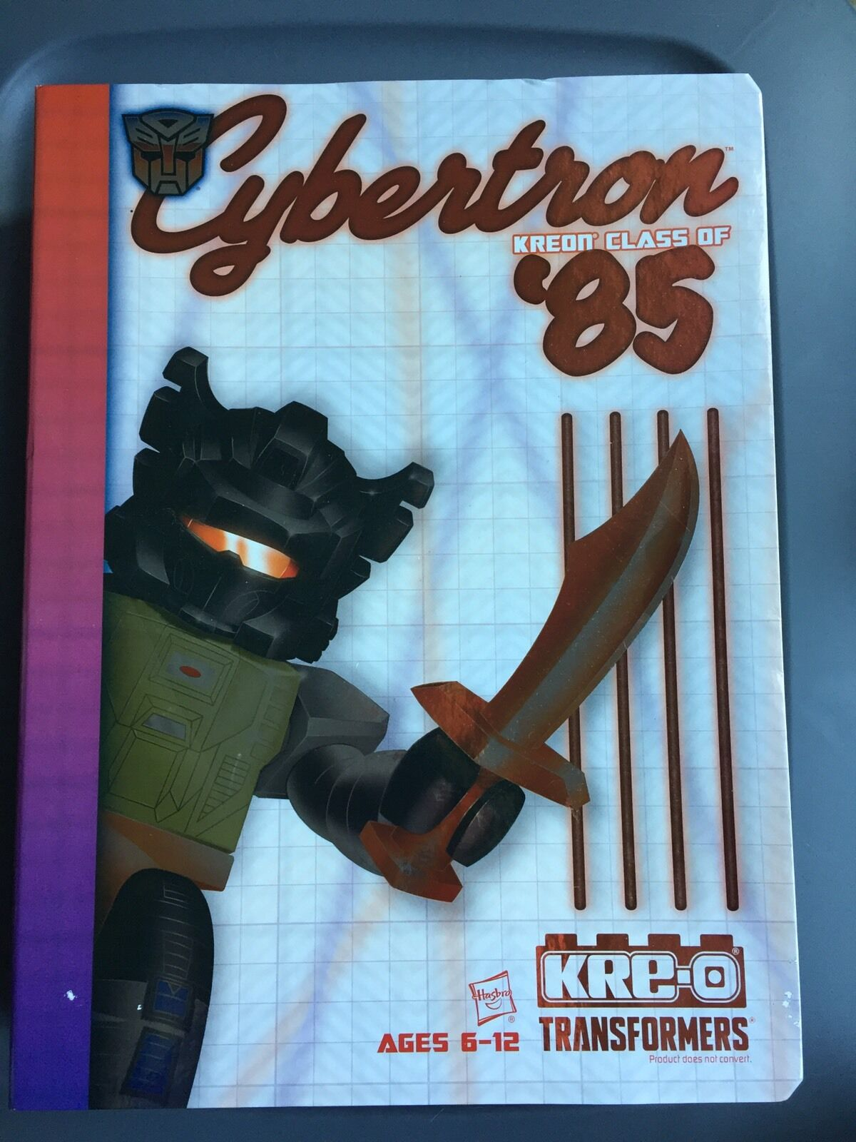 SDCC 2015 Transformers Cybertron High Kreon Class of '85 30 Figure Yearbook Set