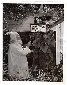 "1938 Press Photo Albion Clough ""Woman Hater Club""banjo folk art bizarre unusual"