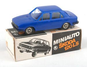 Vintage-KDN-Czechoslovakia-Mini-Auto-Plastic-Skoda-120-LS-Blue-BOXED