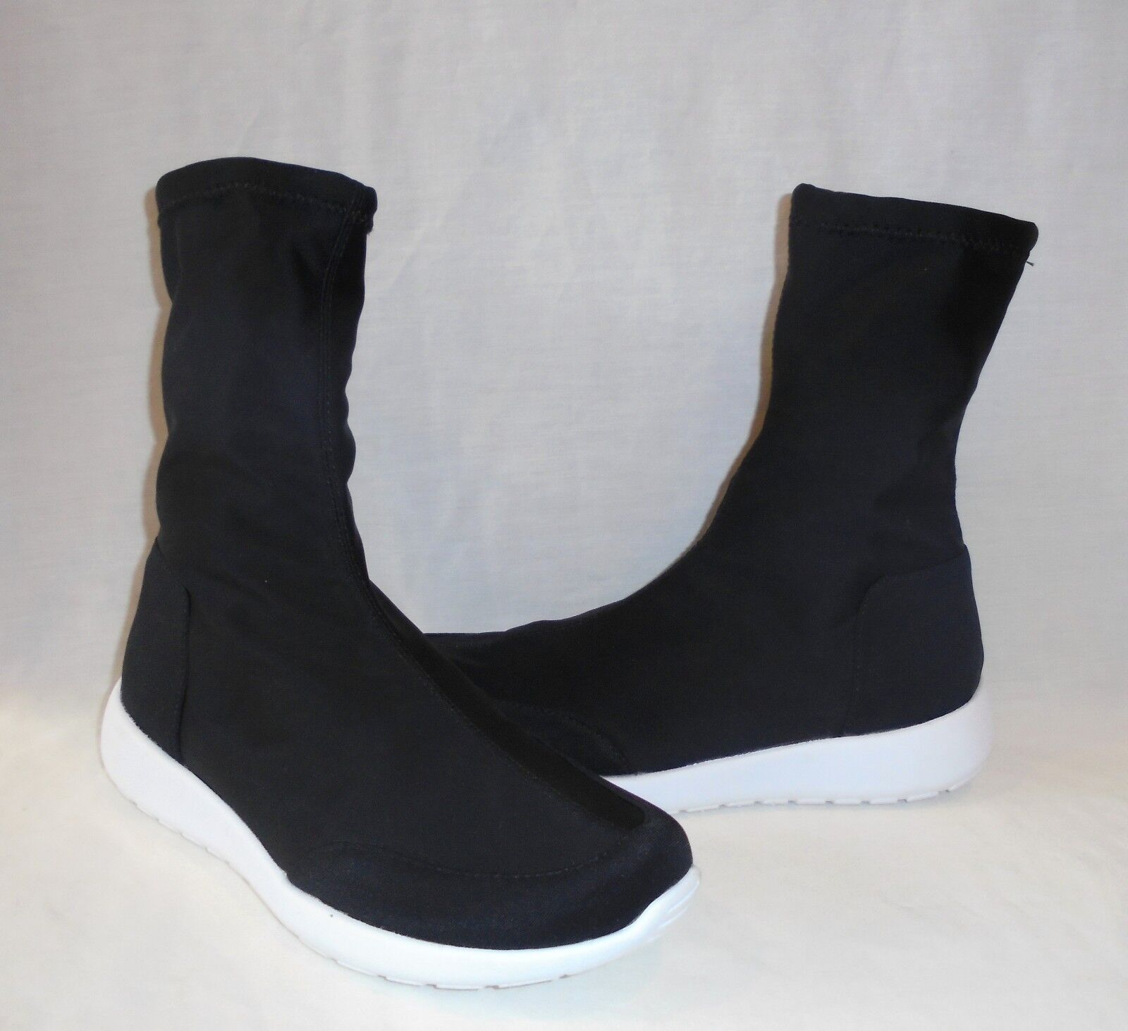 UO Urban Outfitters Women's Alexa Lycra Glove Boots Sneakers Retail  size 7