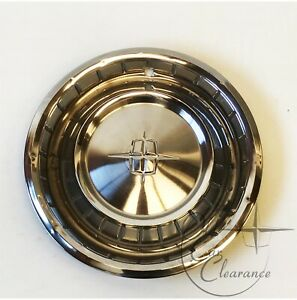 1961 Lincoln Continental Wheelcover (Hub Cap) (C1VV1130C)