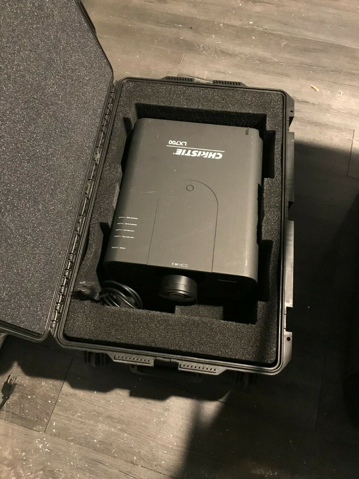 Christie LX-700 Projector 7000 Lumens XGA Large Venue 3LCD Projector with Lens. Available Now for 650.00