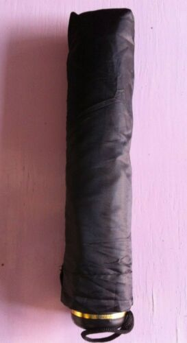 Weather Compact Sac à Main Parapluie Pliant Voyage Léger Noir. Violet