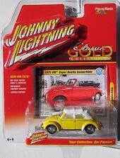 1975 VOLKSWAGEN Super Beetle Convertible Johnny Lightning Classic Gold 1 64